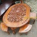 Meja Makan Oshin