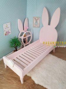 Tempat Tidur Anak Karakter Kelinci